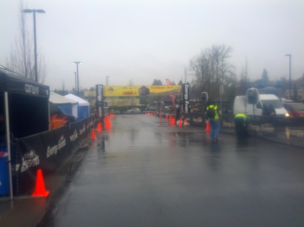 Wind, rain, and cold at the start of the Fort Vancouver 10K run (photo by Tung Yin)