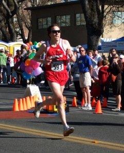Joe Dudman kicks it in to the finish of the 2008 Pear Blossom Run 10-miler