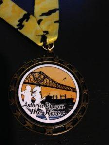 astoria-run-on-the-river-medal